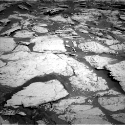Nasa's Mars rover Curiosity acquired this image using its Left Navigation Camera on Sol 2586, at drive 1704, site number 77
