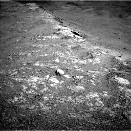 Nasa's Mars rover Curiosity acquired this image using its Left Navigation Camera on Sol 2586, at drive 1914, site number 77