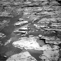 Nasa's Mars rover Curiosity acquired this image using its Right Navigation Camera on Sol 2586, at drive 1662, site number 77