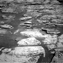 Nasa's Mars rover Curiosity acquired this image using its Right Navigation Camera on Sol 2586, at drive 1668, site number 77