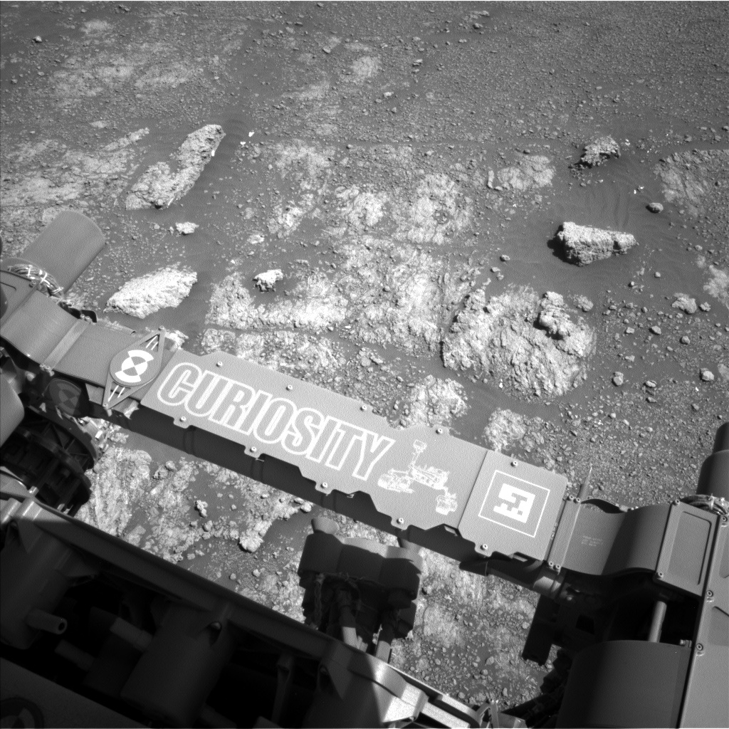 Sol 2591: Characterizing Bedrock at Central Butte
