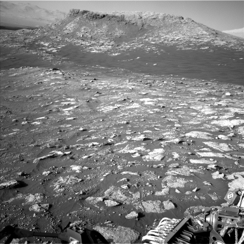 Nasa's Mars rover Curiosity acquired this image using its Left Navigation Camera on Sol 2604, at drive 0, site number 78