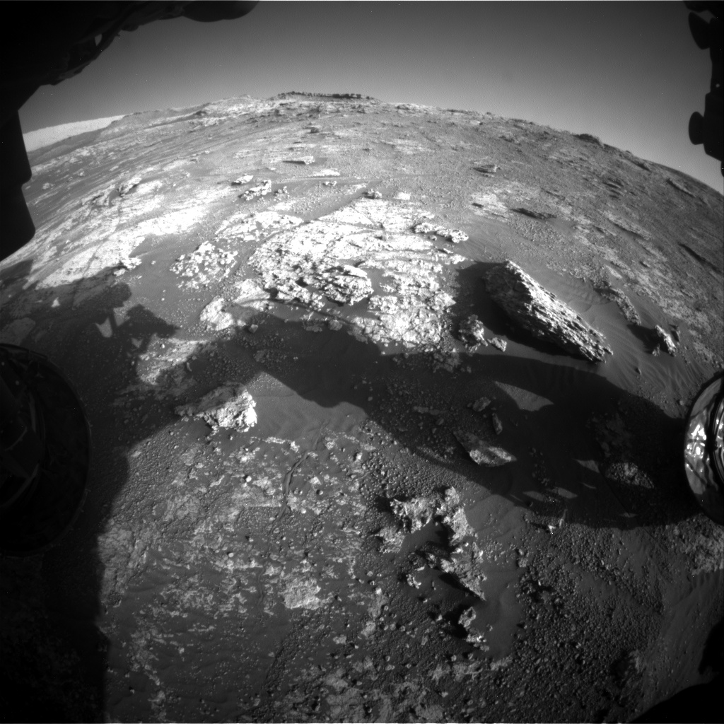 Nasa's Mars rover Curiosity acquired this image using its Front Hazard Avoidance Camera (Front Hazcam) on Sol 2606, at drive 138, site number 78