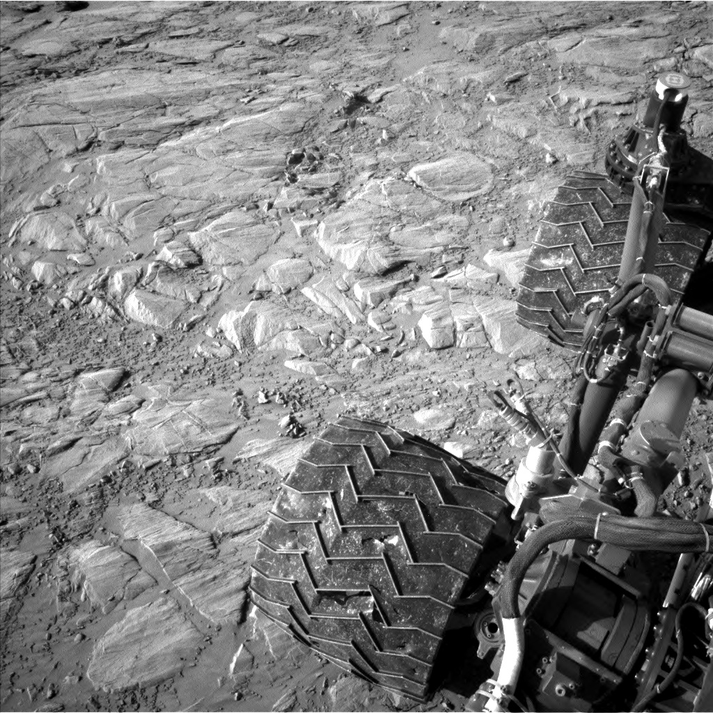 Nasa's Mars rover Curiosity acquired this image using its Left Navigation Camera on Sol 2613, at drive 612, site number 78