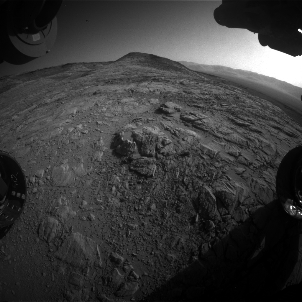 Nasa's Mars rover Curiosity acquired this image using its Front Hazard Avoidance Camera (Front Hazcam) on Sol 2615, at drive 612, site number 78