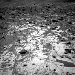 Nasa's Mars rover Curiosity acquired this image using its Right Navigation Camera on Sol 2633, at drive 1086, site number 78