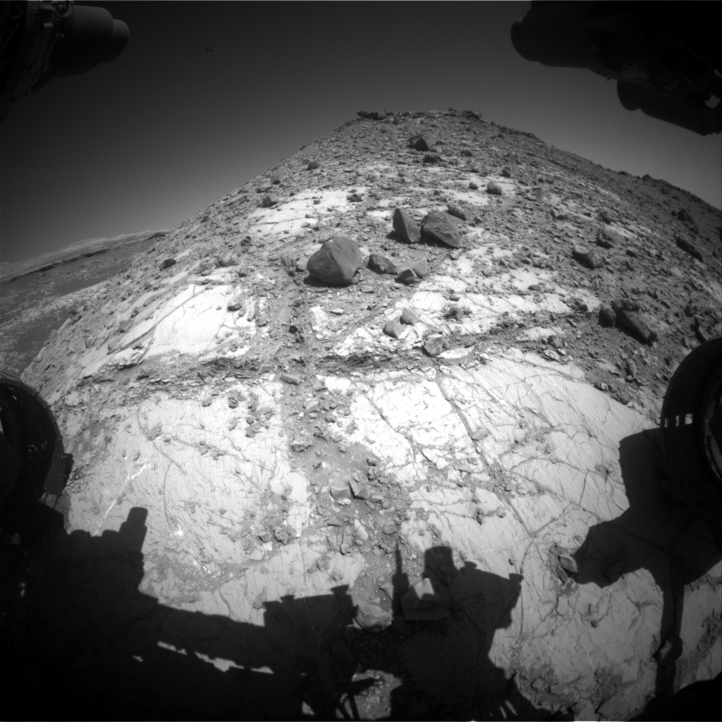 Nasa's Mars rover Curiosity acquired this image using its Front Hazard Avoidance Camera (Front Hazcam) on Sol 2636, at drive 1138, site number 78