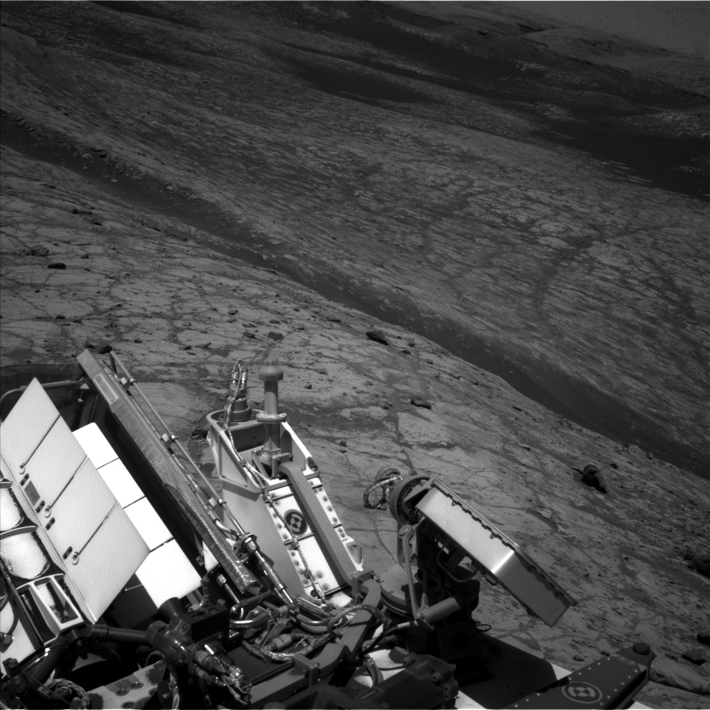 Nasa's Mars rover Curiosity acquired this image using its Left Navigation Camera on Sol 2636, at drive 1138, site number 78