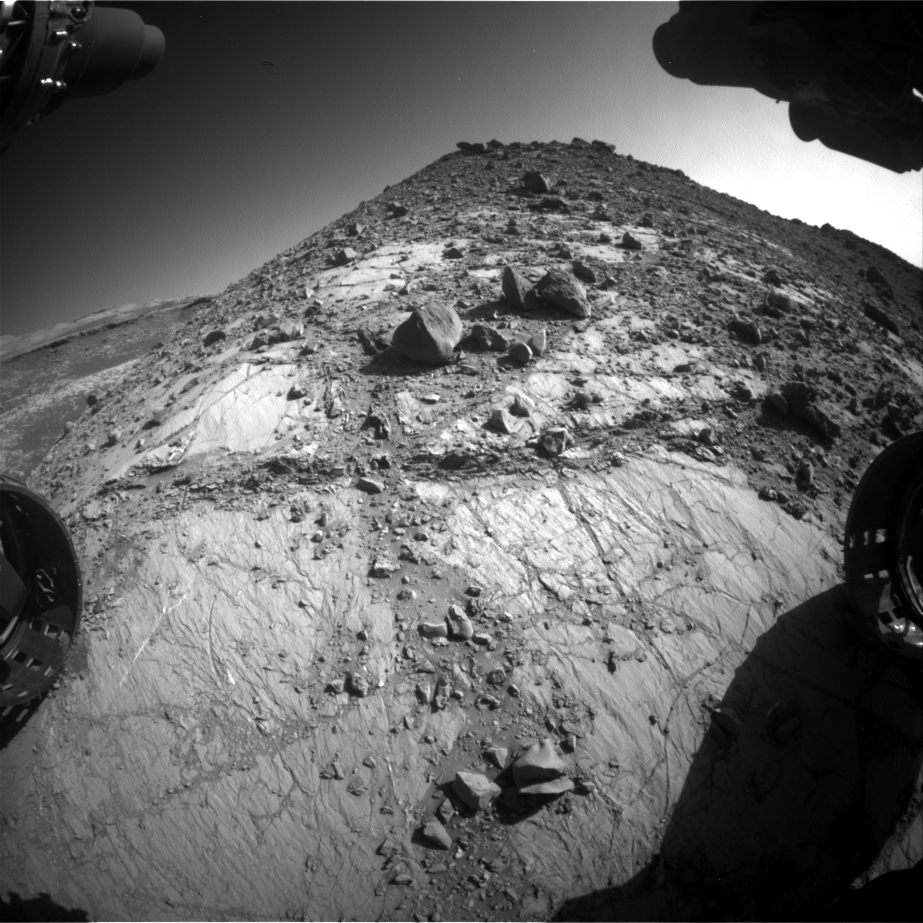 Nasa's Mars rover Curiosity acquired this image using its Front Hazard Avoidance Camera (Front Hazcam) on Sol 2637, at drive 1138, site number 78