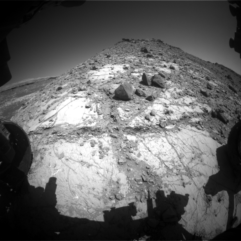 Nasa's Mars rover Curiosity acquired this image using its Front Hazard Avoidance Camera (Front Hazcam) on Sol 2639, at drive 1160, site number 78