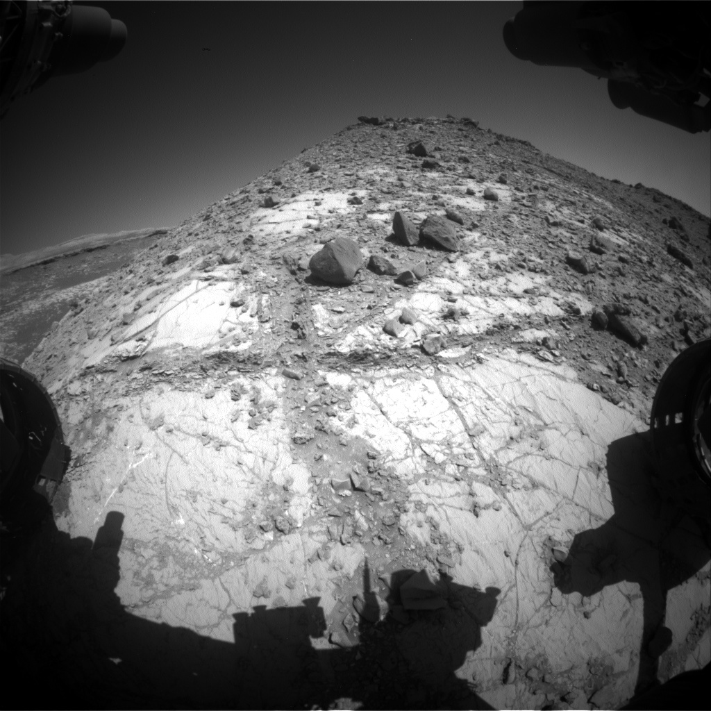 Nasa's Mars rover Curiosity acquired this image using its Front Hazard Avoidance Camera (Front Hazcam) on Sol 2639, at drive 1154, site number 78