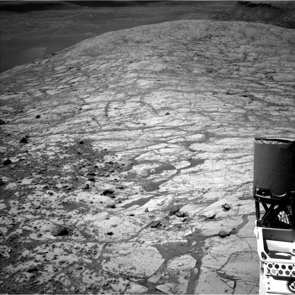 Nasa's Mars rover Curiosity acquired this image using its Left Navigation Camera on Sol 2639, at drive 1160, site number 78
