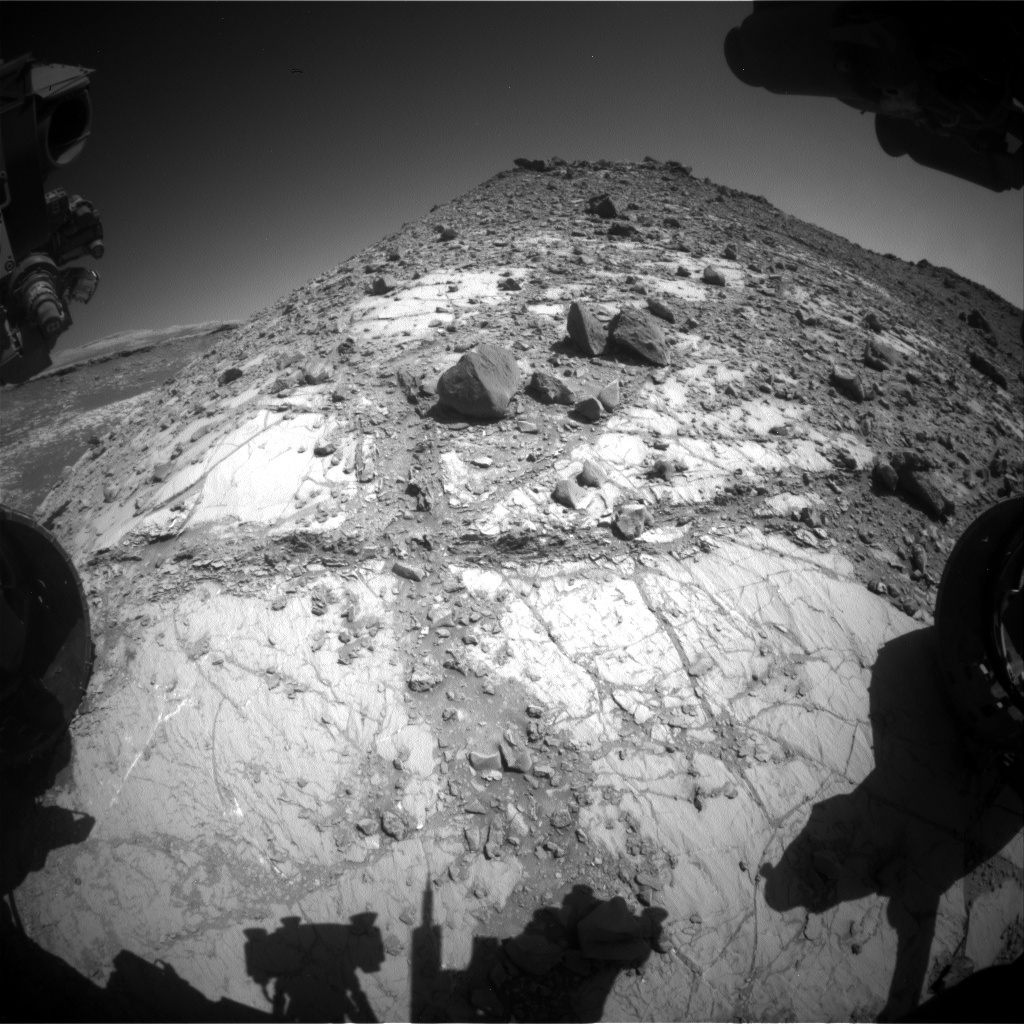 Nasa's Mars rover Curiosity acquired this image using its Front Hazard Avoidance Camera (Front Hazcam) on Sol 2641, at drive 1160, site number 78