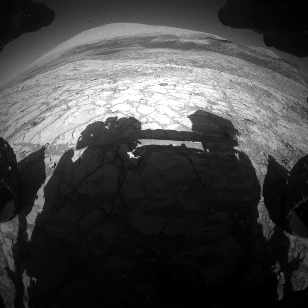 Nasa's Mars rover Curiosity acquired this image using its Front Hazard Avoidance Camera (Front Hazcam) on Sol 2643, at drive 1424, site number 78