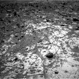 Nasa's Mars rover Curiosity acquired this image using its Left Navigation Camera on Sol 2643, at drive 1190, site number 78