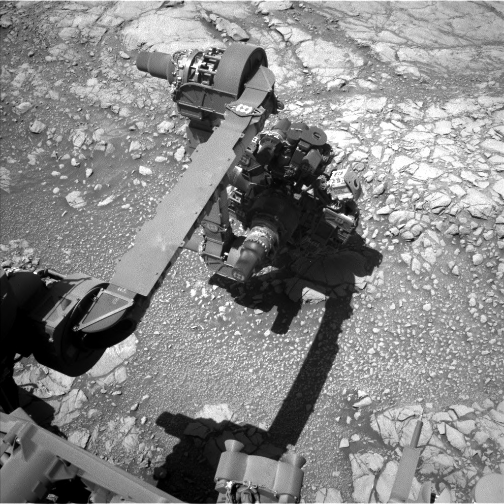 Nasa's Mars rover Curiosity acquired this image using its Left Navigation Camera on Sol 2645, at drive 1442, site number 78