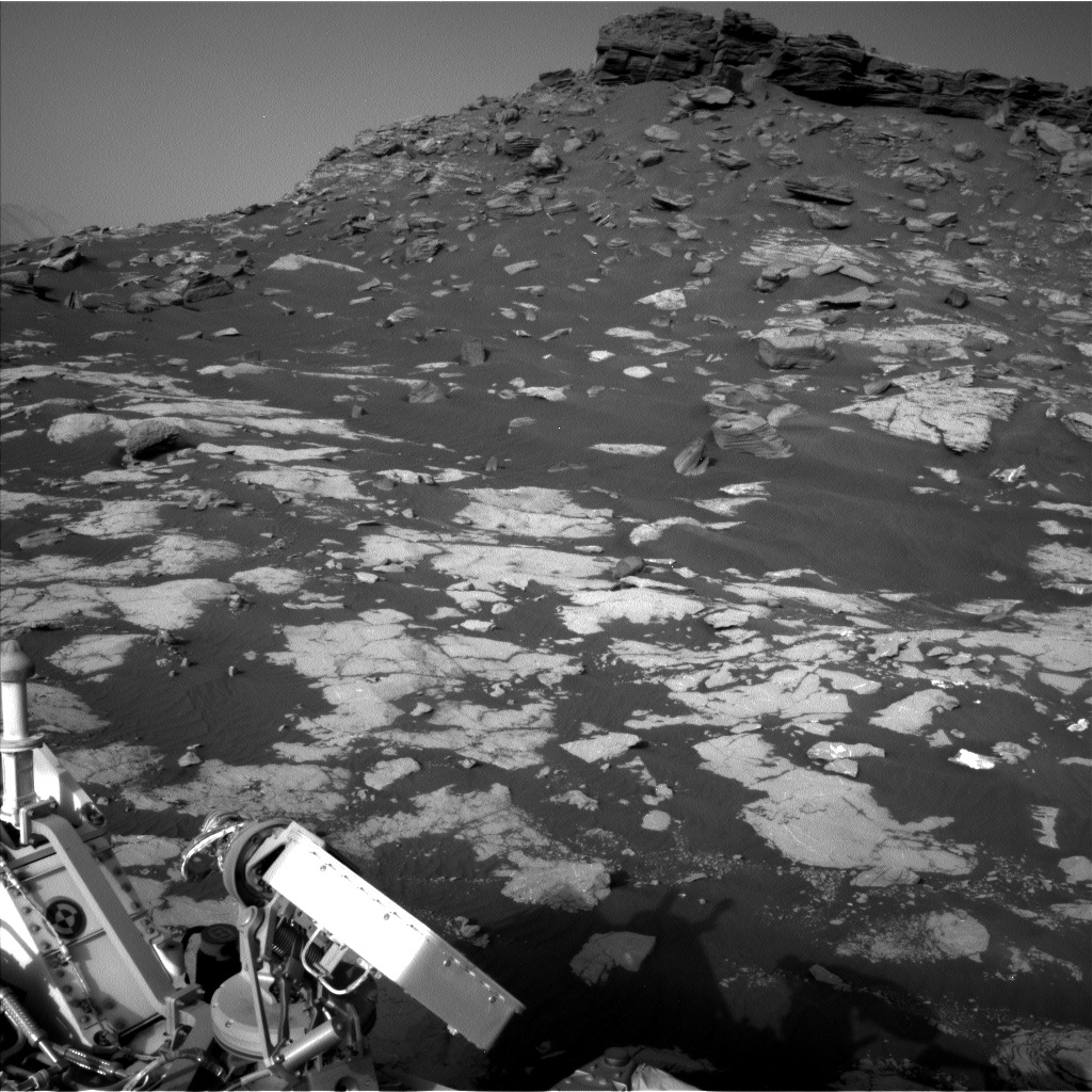 Nasa's Mars rover Curiosity acquired this image using its Left Navigation Camera on Sol 2657, at drive 2228, site number 78