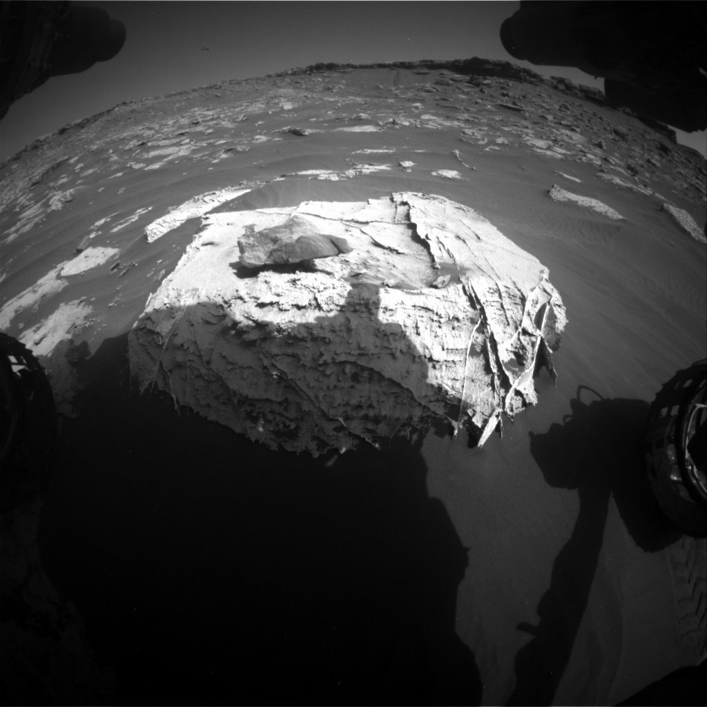 Nasa's Mars rover Curiosity acquired this image using its Front Hazard Avoidance Camera (Front Hazcam) on Sol 2658, at drive 2444, site number 78