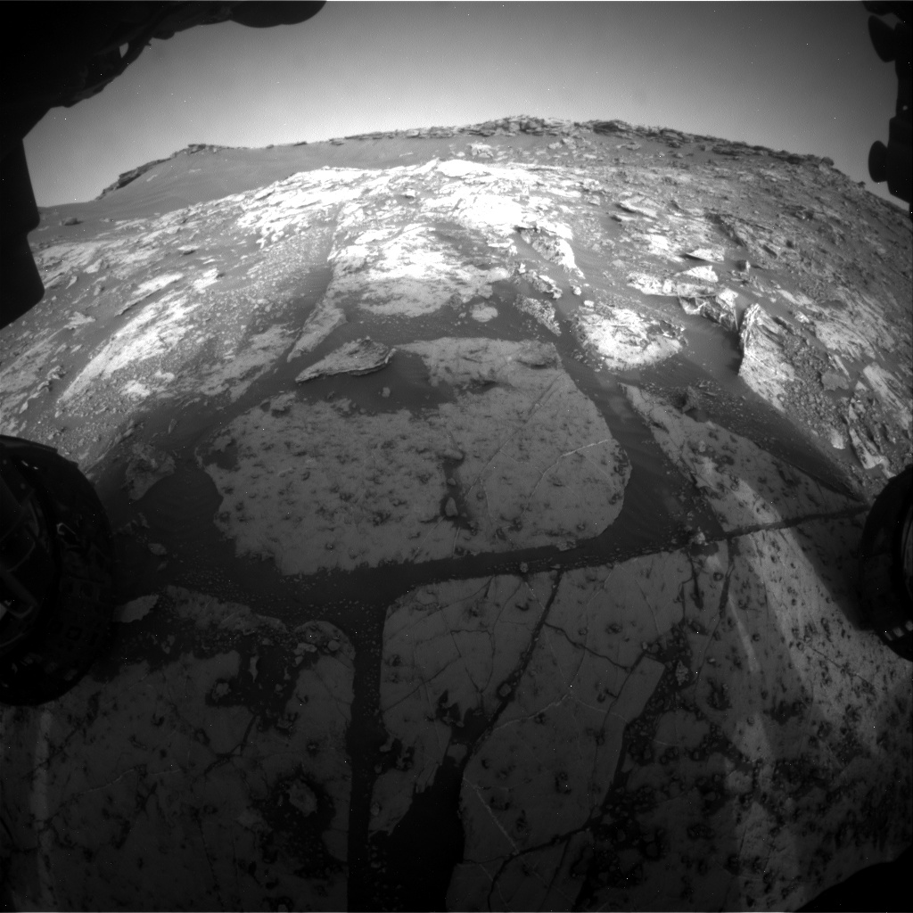 Nasa's Mars rover Curiosity acquired this image using its Front Hazard Avoidance Camera (Front Hazcam) on Sol 2659, at drive 2684, site number 78