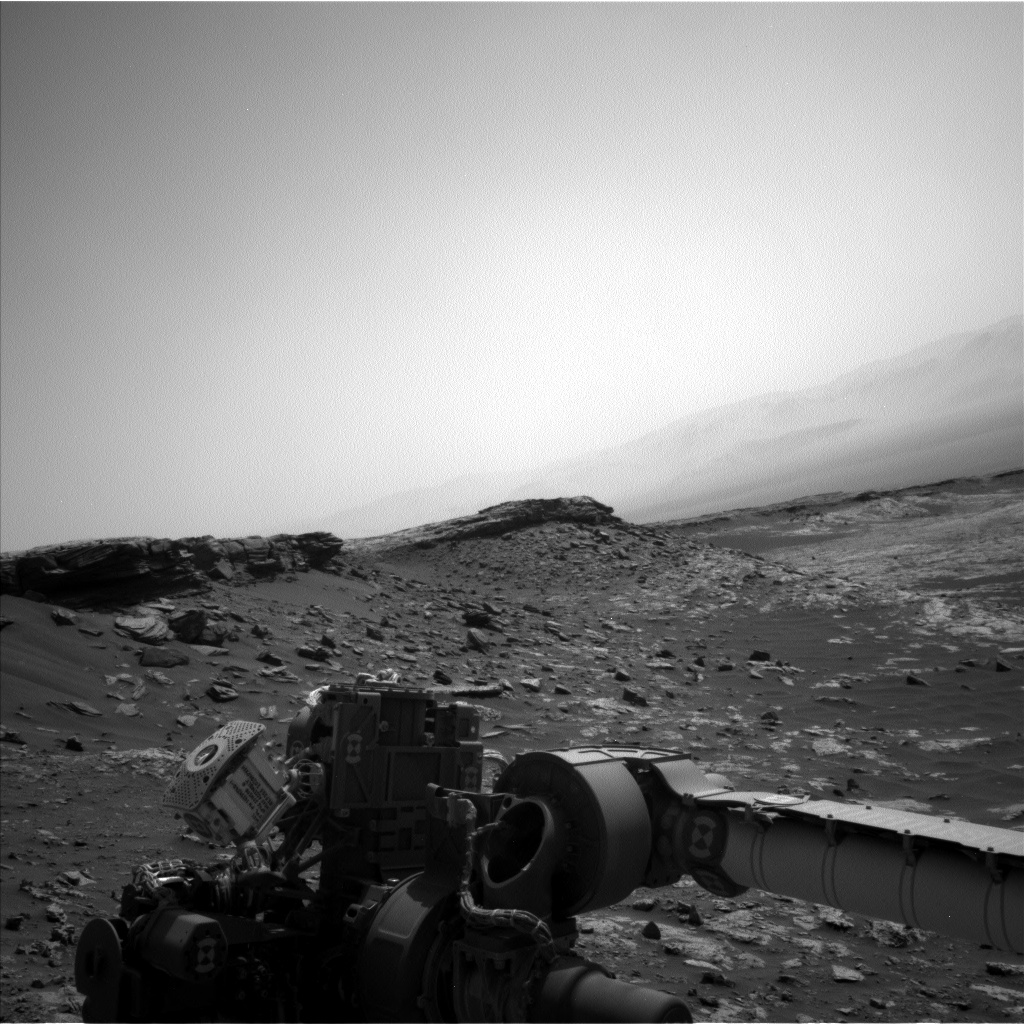 Nasa's Mars rover Curiosity acquired this image using its Left Navigation Camera on Sol 2674, at drive 0, site number 79