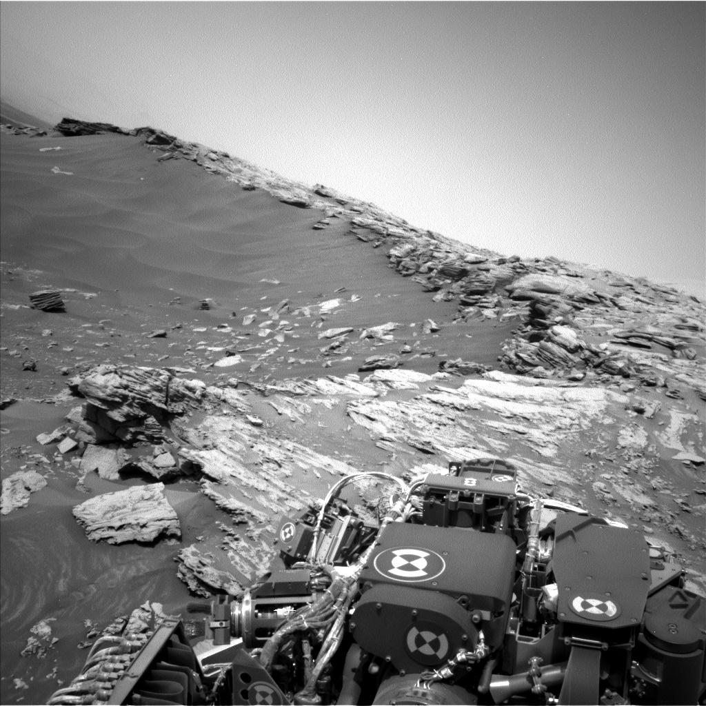 Nasa's Mars rover Curiosity acquired this image using its Left Navigation Camera on Sol 2693, at drive 294, site number 79