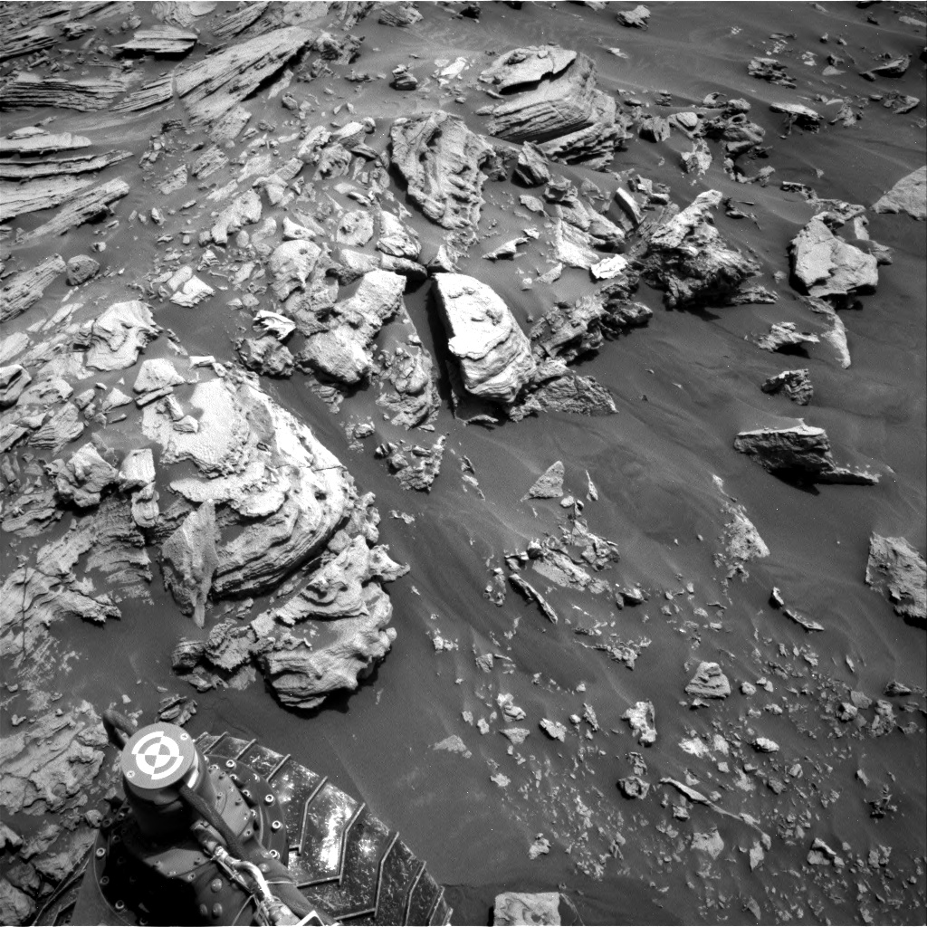Nasa's Mars rover Curiosity acquired this image using its Right Navigation Camera on Sol 2693, at drive 294, site number 79