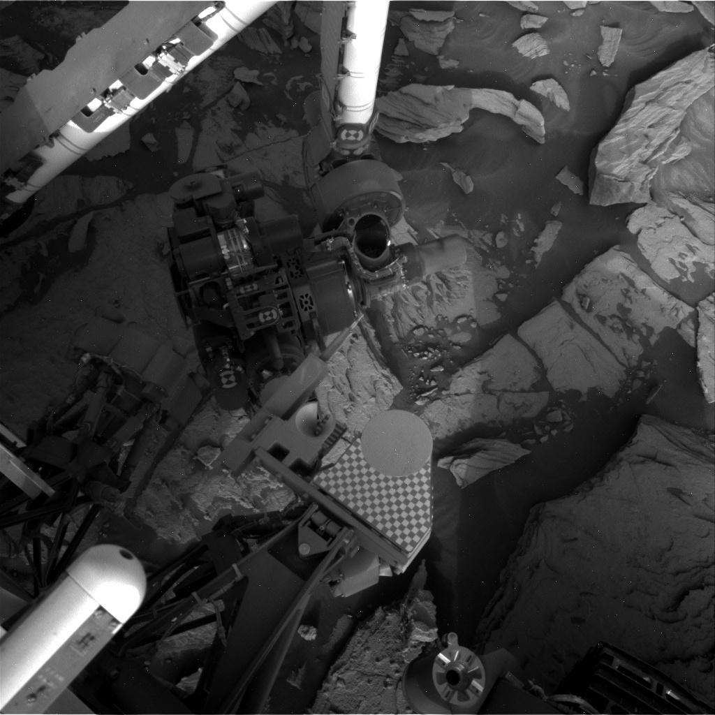 Nasa's Mars rover Curiosity acquired this image using its Right Navigation Camera on Sol 2696, at drive 360, site number 79
