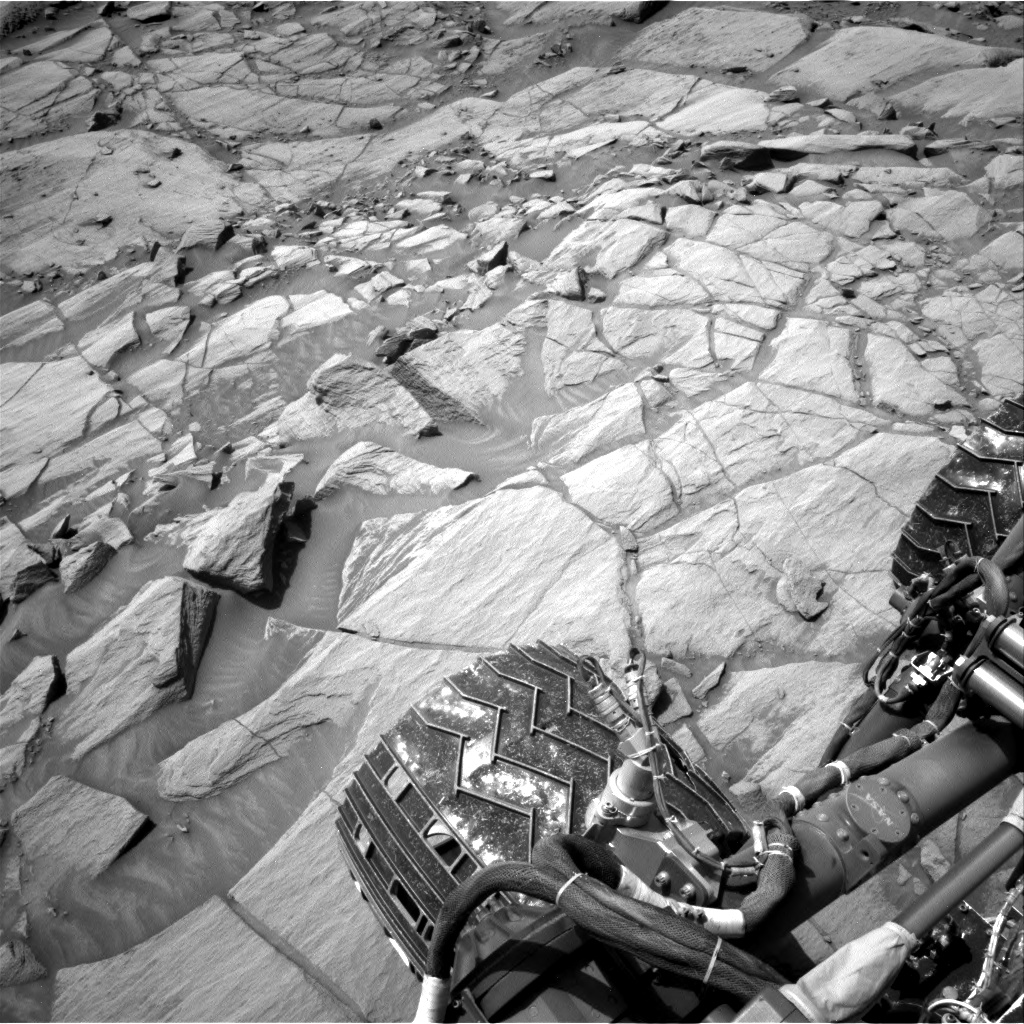 Nasa's Mars rover Curiosity acquired this image using its Right Navigation Camera on Sol 2702, at drive 612, site number 79