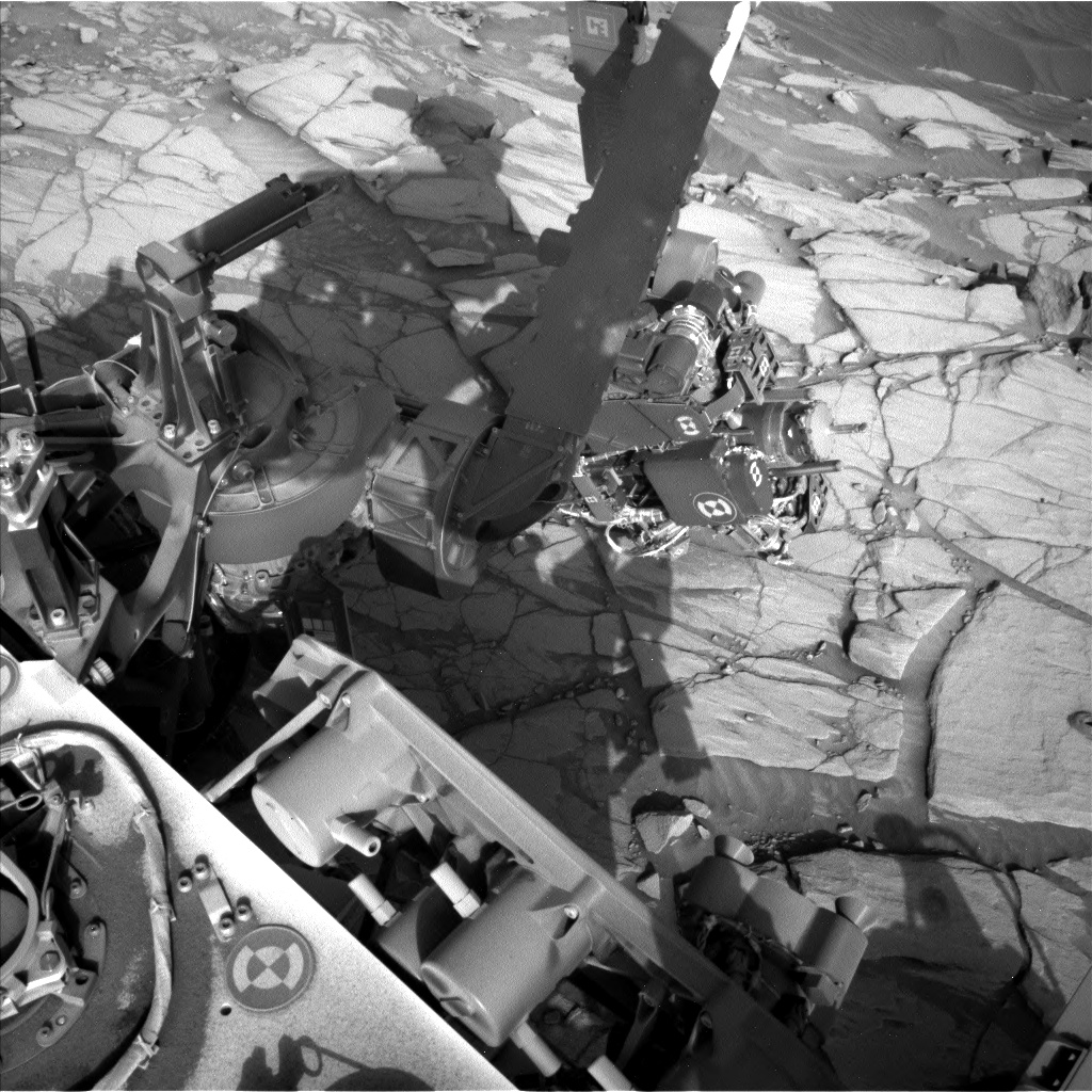 Nasa's Mars rover Curiosity acquired this image using its Left Navigation Camera on Sol 2724, at drive 654, site number 79