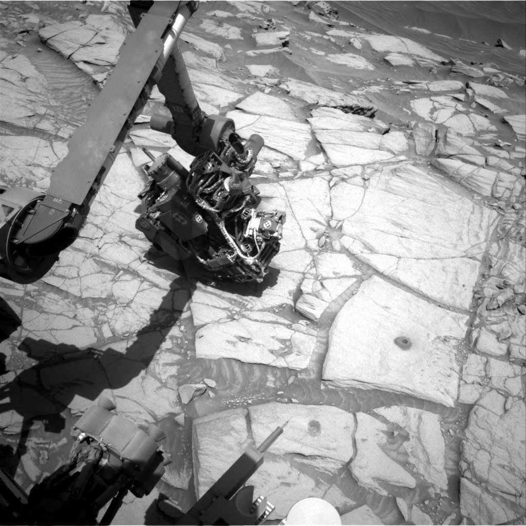 Nasa's Mars rover Curiosity acquired this image using its Right Navigation Camera on Sol 2725, at drive 654, site number 79