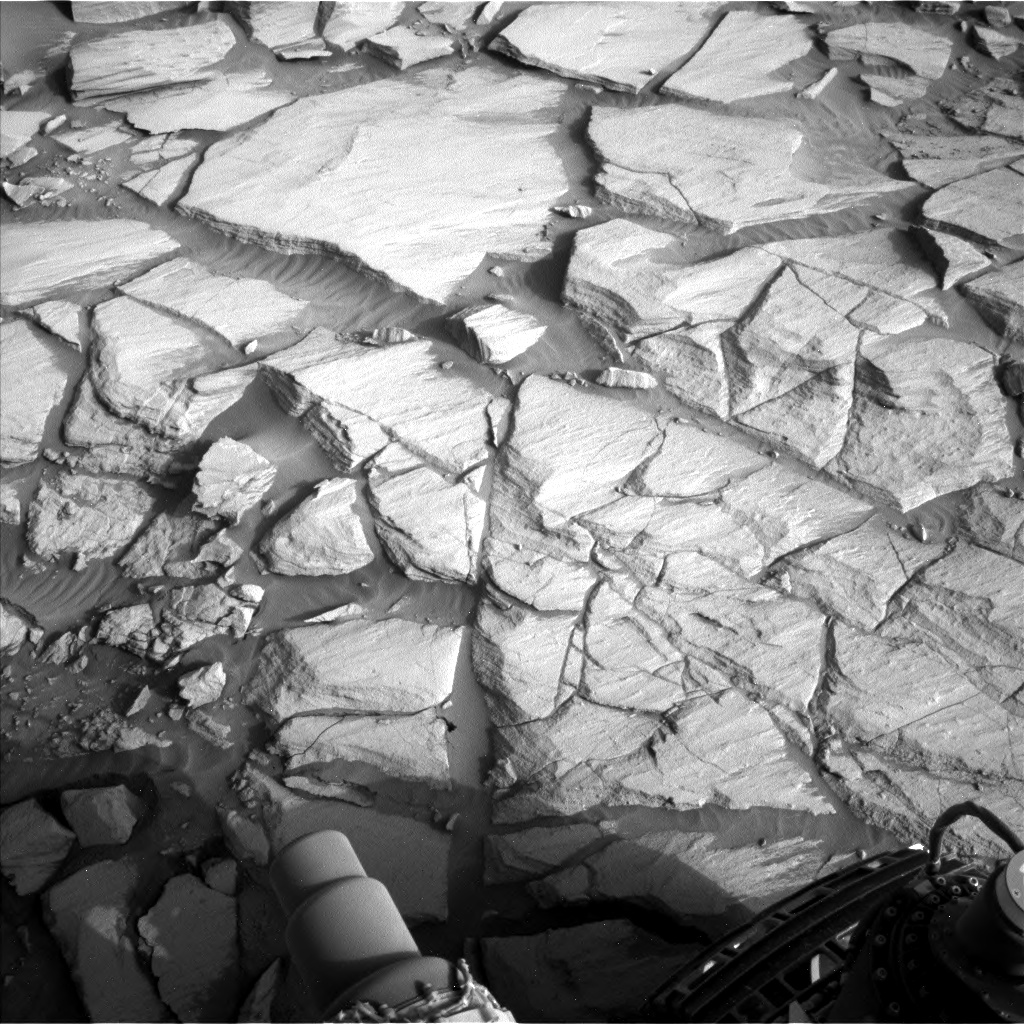 Nasa's Mars rover Curiosity acquired this image using its Left Navigation Camera on Sol 2729, at drive 720, site number 79