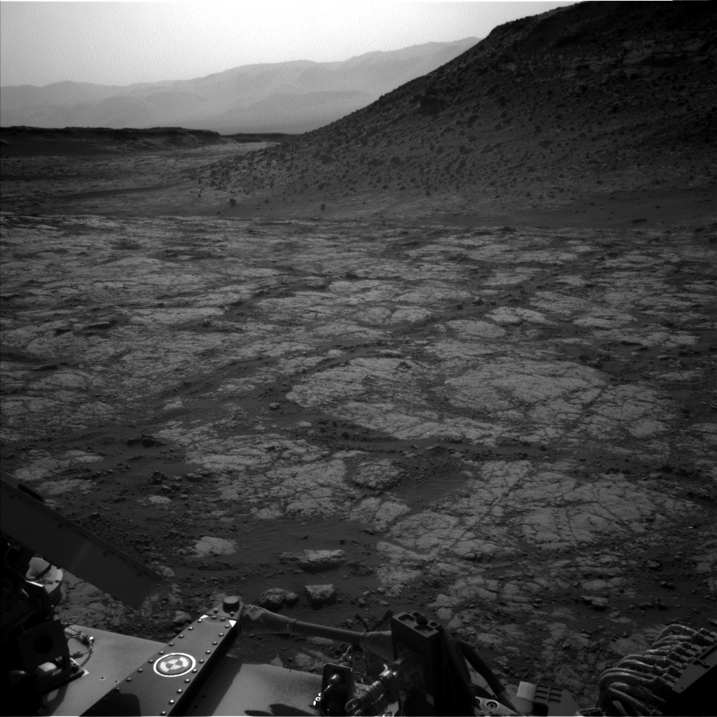 Nasa's Mars rover Curiosity acquired this image using its Left Navigation Camera on Sol 2747, at drive 2008, site number 79