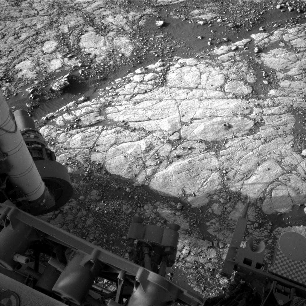 Nasa's Mars rover Curiosity acquired this image using its Left Navigation Camera on Sol 2756, at drive 2008, site number 79