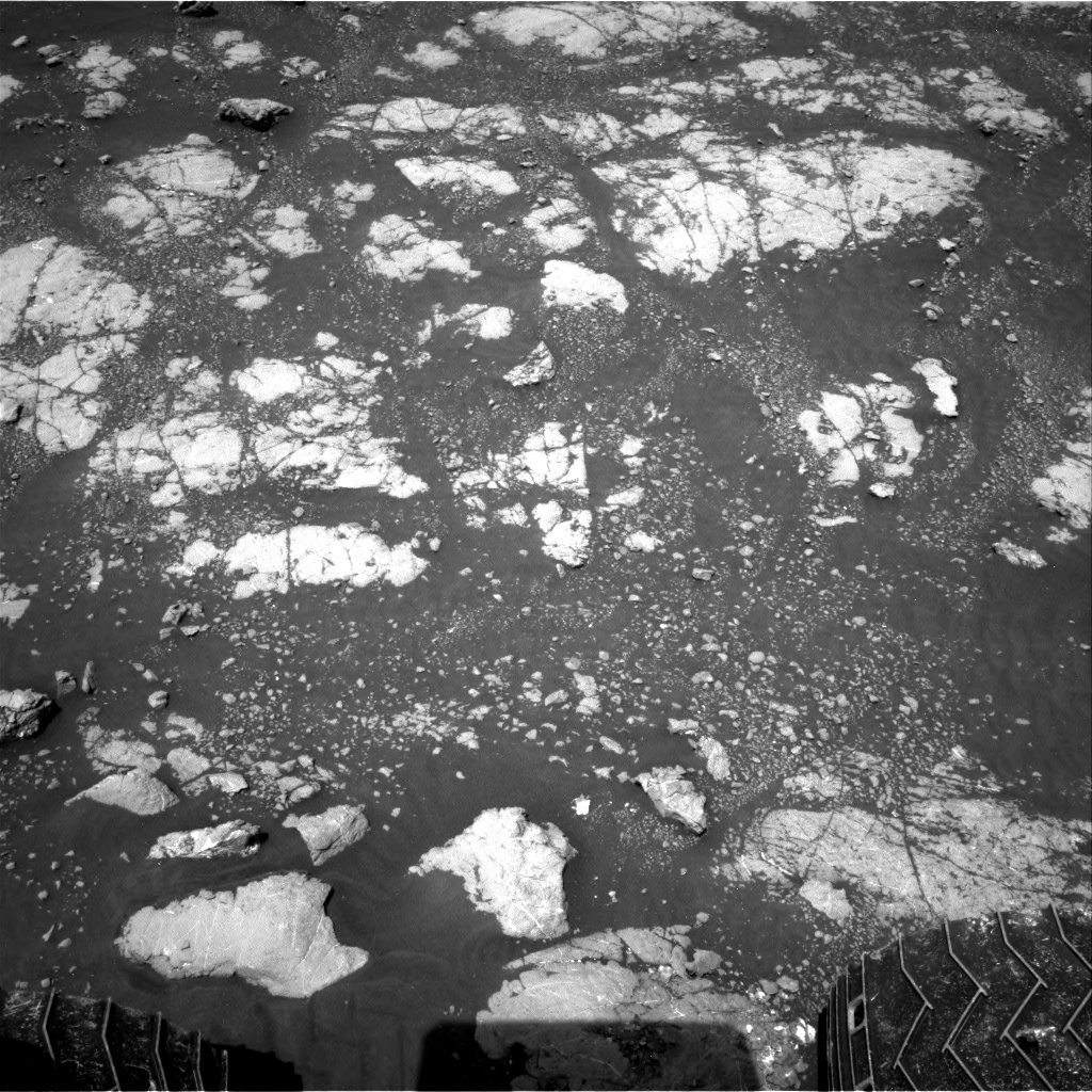 Nasa's Mars rover Curiosity acquired this image using its Right Navigation Camera on Sol 2782, at drive 2640, site number 79