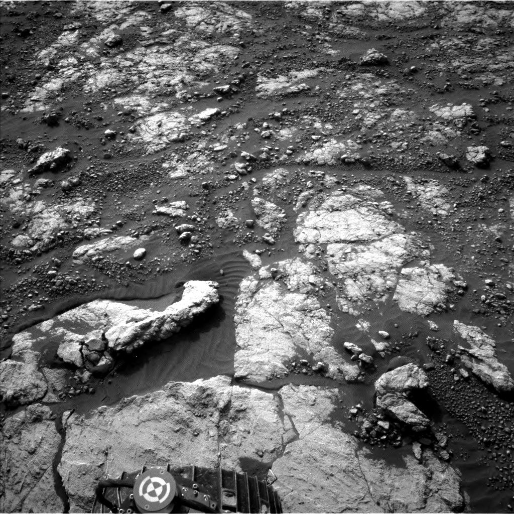 Nasa's Mars rover Curiosity acquired this image using its Left Navigation Camera on Sol 2790, at drive 1398, site number 80
