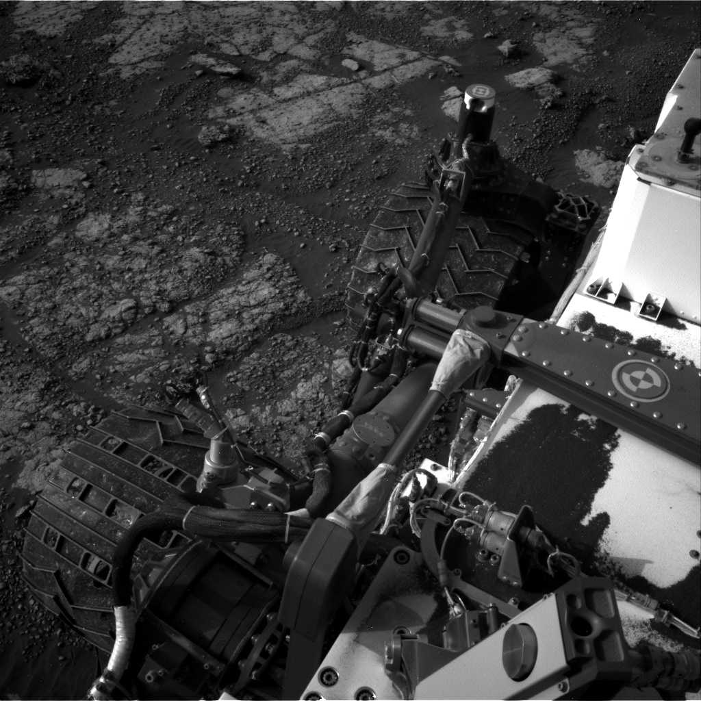 Nasa's Mars rover Curiosity acquired this image using its Right Navigation Camera on Sol 2790, at drive 1398, site number 80