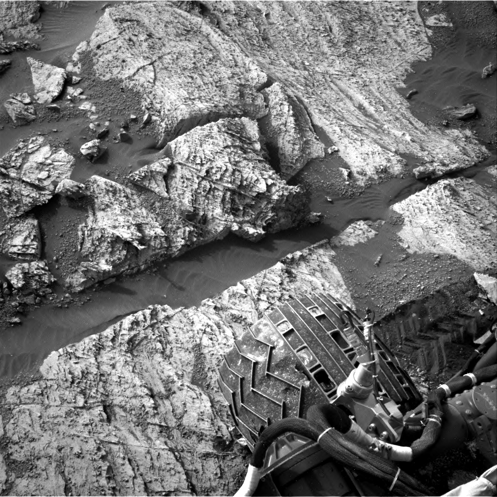 Nasa's Mars rover Curiosity acquired this image using its Right Navigation Camera on Sol 2797, at drive 2388, site number 80