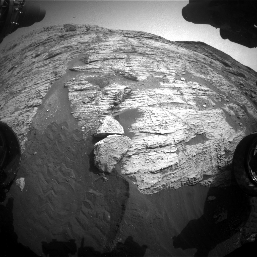 Nasa's Mars rover Curiosity acquired this image using its Front Hazard Avoidance Camera (Front Hazcam) on Sol 2800, at drive 0, site number 81