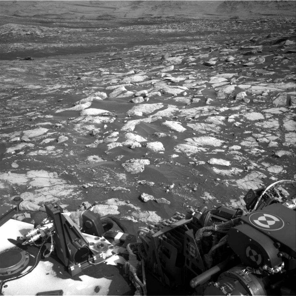 Nasa's Mars rover Curiosity acquired this image using its Right Navigation Camera on Sol 2802, at drive 424, site number 81