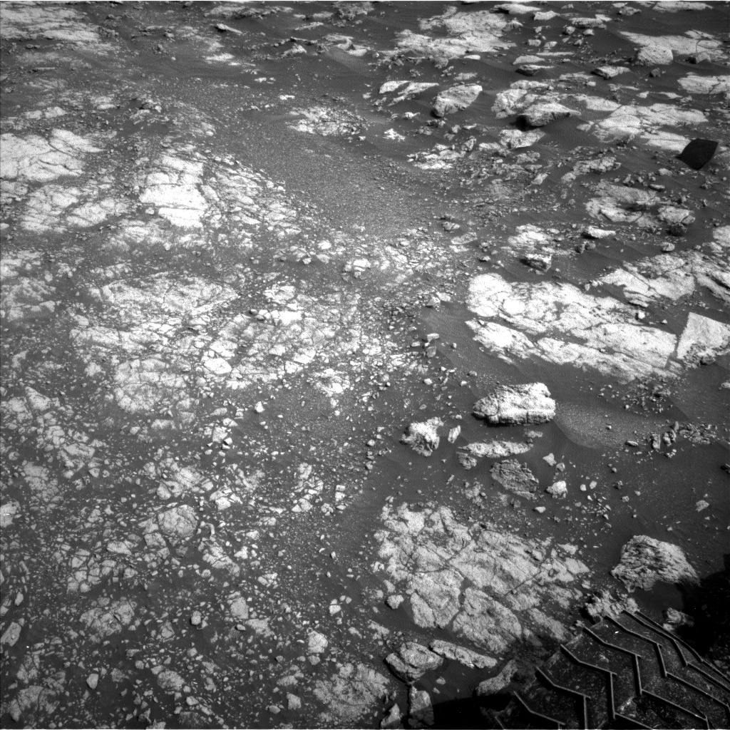 Nasa's Mars rover Curiosity acquired this image using its Left Navigation Camera on Sol 2804, at drive 532, site number 81