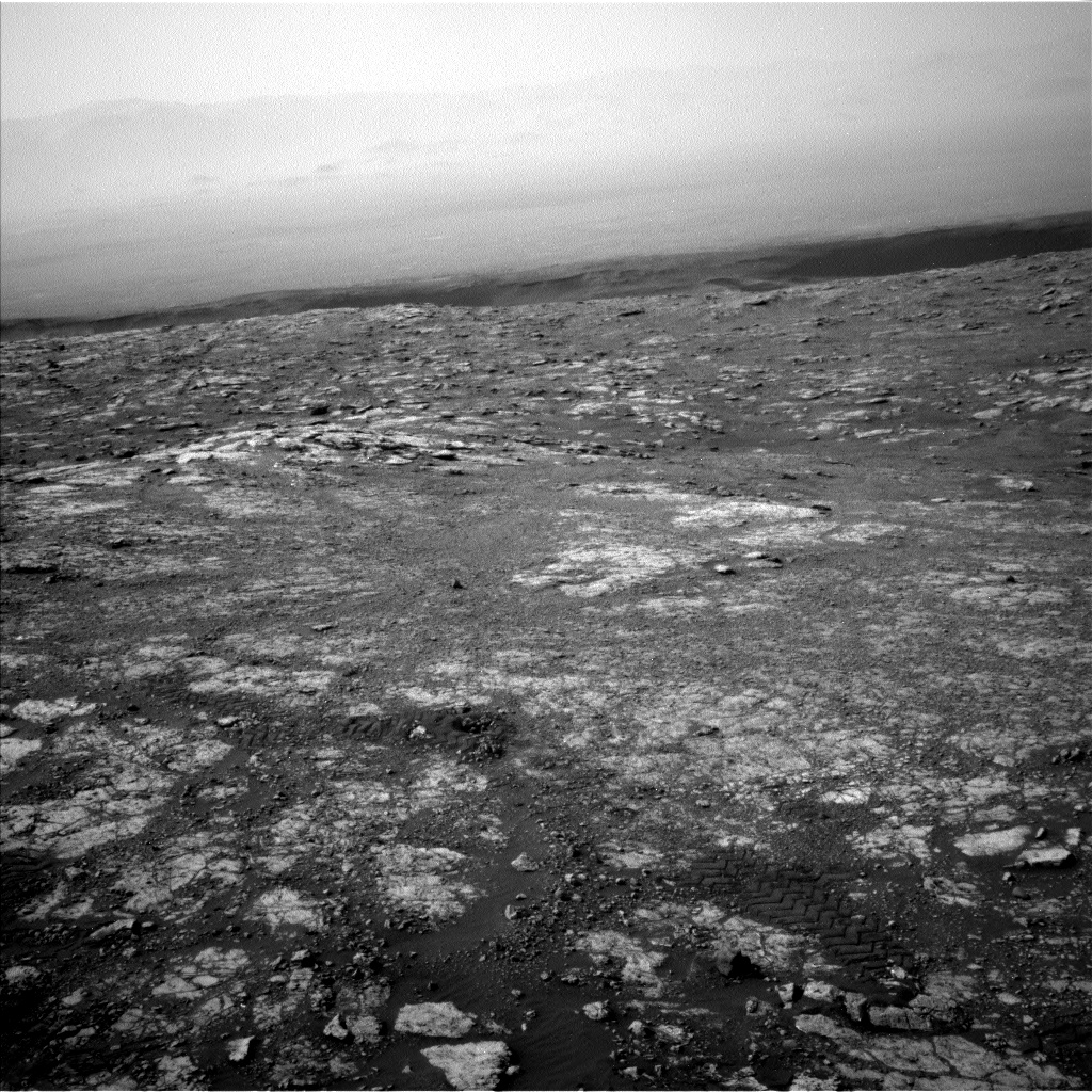 Nasa's Mars rover Curiosity acquired this image using its Left Navigation Camera on Sol 2804, at drive 628, site number 81