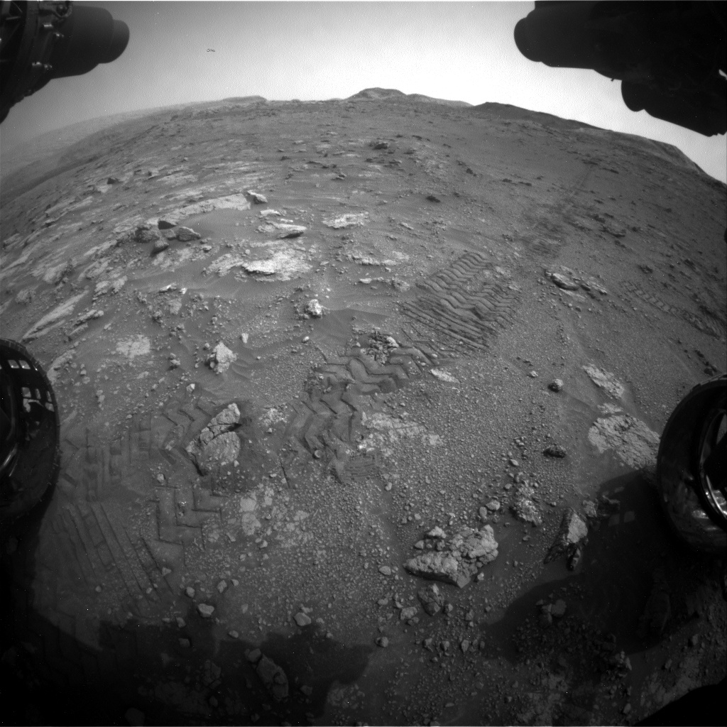 Nasa's Mars rover Curiosity acquired this image using its Front Hazard Avoidance Camera (Front Hazcam) on Sol 2816, at drive 352, site number 82