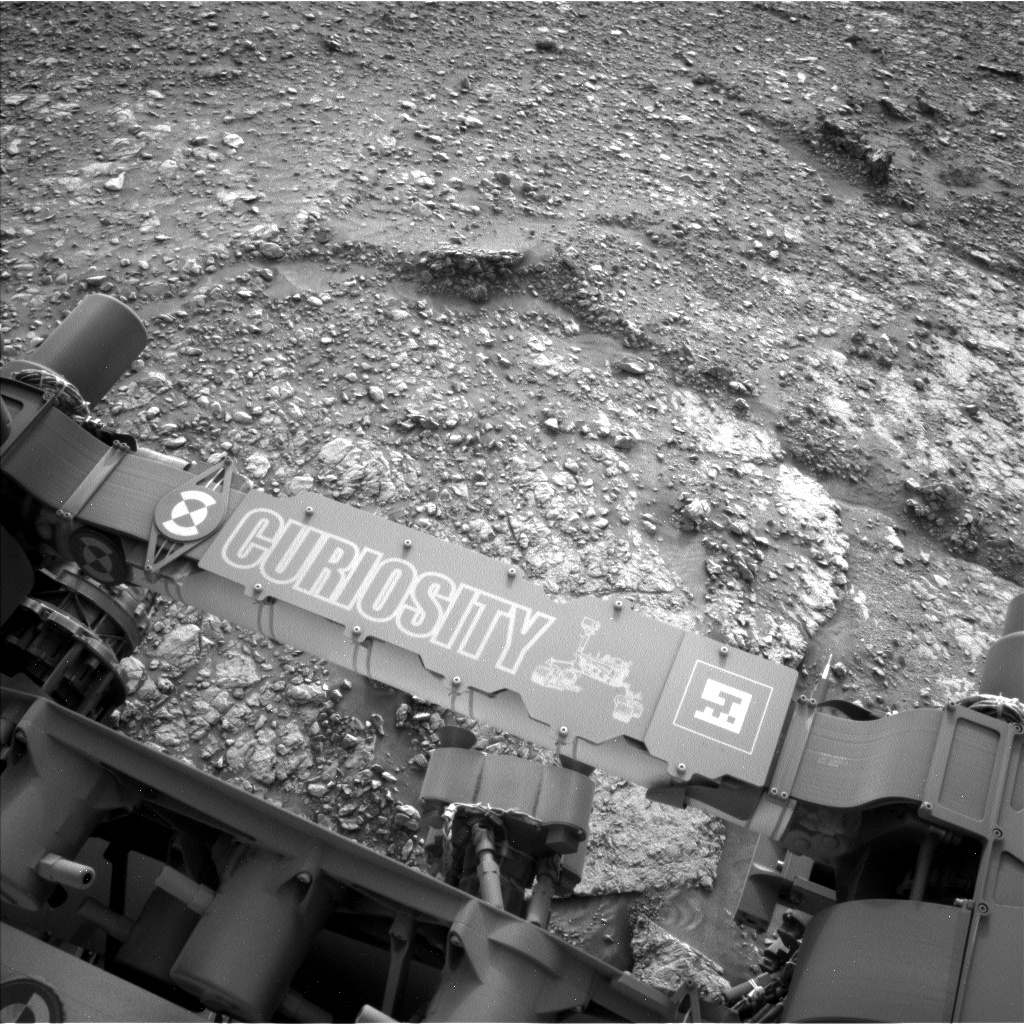 Nasa's Mars rover Curiosity acquired this image using its Left Navigation Camera on Sol 2822, at drive 1254, site number 82