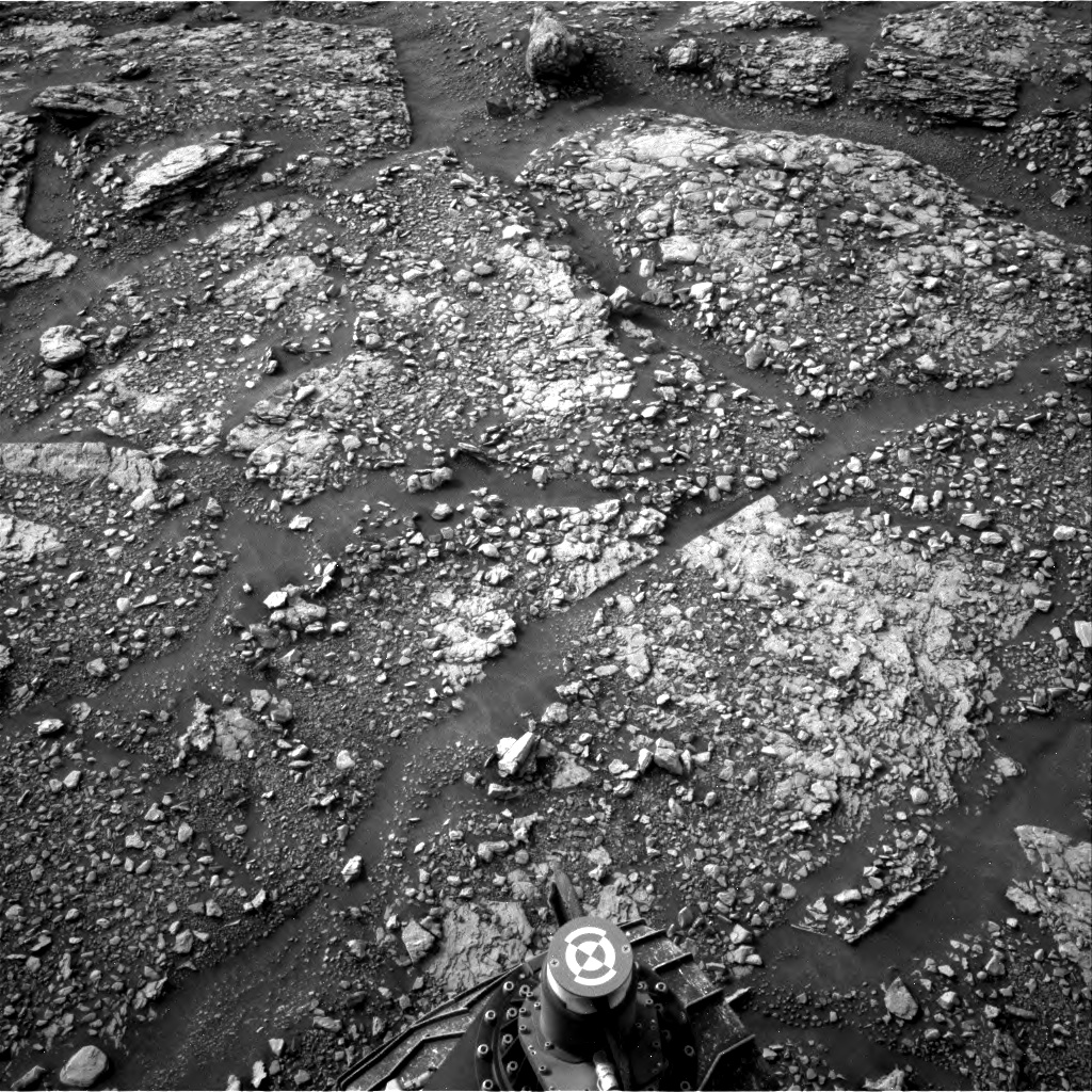 Nasa's Mars rover Curiosity acquired this image using its Right Navigation Camera on Sol 2824, at drive 1978, site number 82