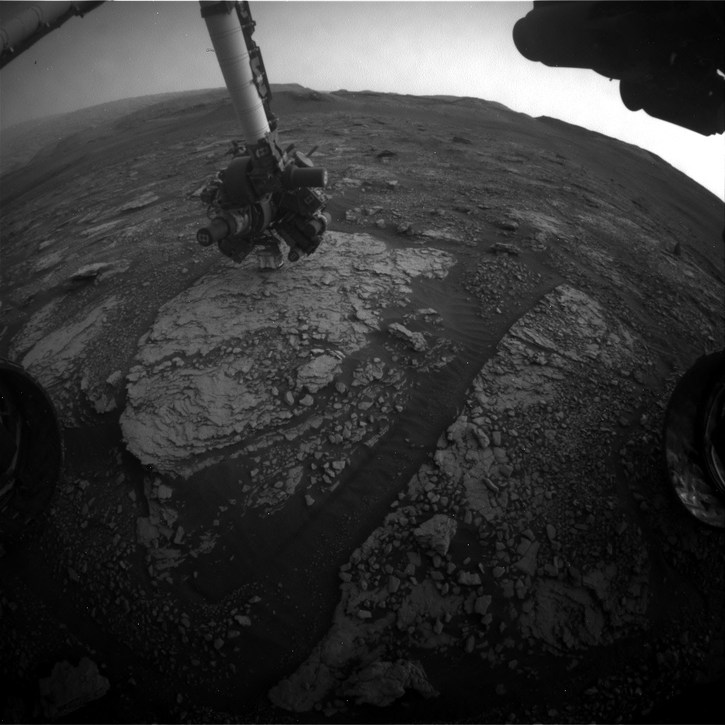 Nasa's Mars rover Curiosity acquired this image using its Front Hazard Avoidance Camera (Front Hazcam) on Sol 2833, at drive 2176, site number 82