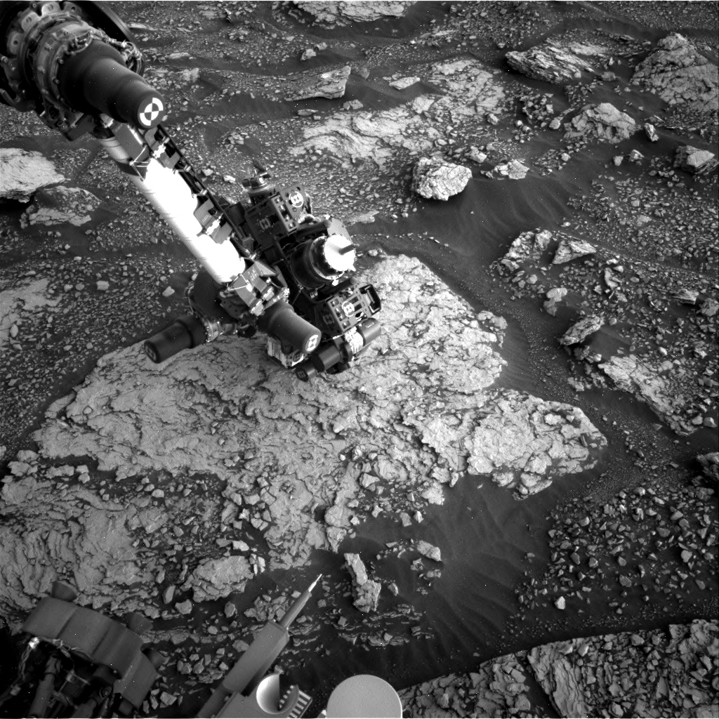 Nasa's Mars rover Curiosity acquired this image using its Right Navigation Camera on Sol 2833, at drive 2176, site number 82