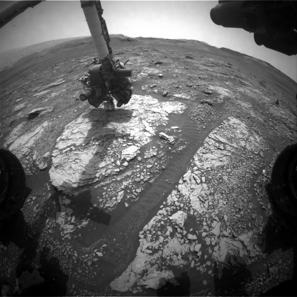 Nasa's Mars rover Curiosity acquired this image using its Front Hazard Avoidance Camera (Front Hazcam) on Sol 2834, at drive 2176, site number 82