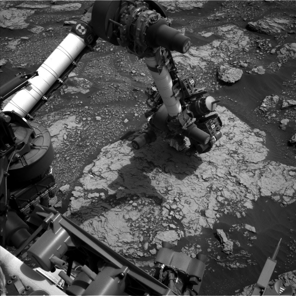 Nasa's Mars rover Curiosity acquired this image using its Left Navigation Camera on Sol 2836, at drive 2176, site number 82