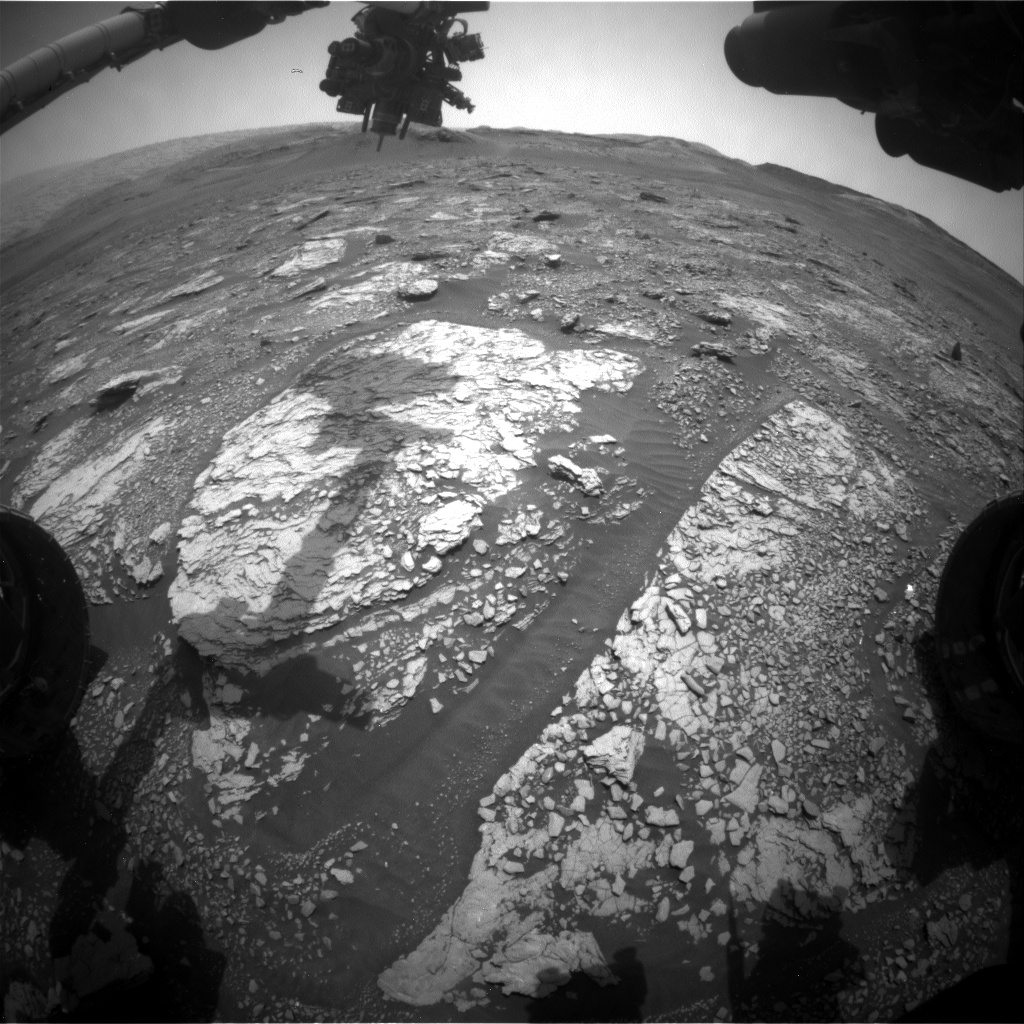 Nasa's Mars rover Curiosity acquired this image using its Front Hazard Avoidance Camera (Front Hazcam) on Sol 2846, at drive 2176, site number 82