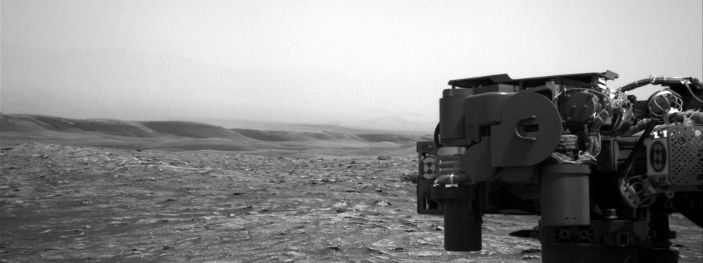 Nasa's Mars rover Curiosity acquired this image using its Right Navigation Camera on Sol 2852, at drive 2176, site number 82